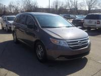 Exterior Color: polished metal metallic, Body: Minivan,