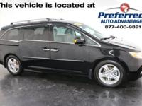 Crystal Black Pearl 2013 Honda Odyssey Touring FWD