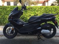 I am selling this perfect scooter no scratches and new