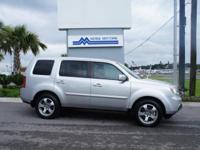 Body Style: SUV Engine: V6 Exterior Color: Alabaster