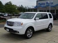 Exterior Color: taffeta white, Body: SUV, Fuel: