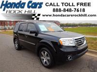 EPA 25 MPG Hwy/18 MPG City! CARFAX 1-Owner, Hendrick
