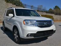 Exterior Color: white diamond pearl, Body: SUV, Engine: