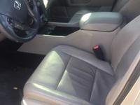 **HEATED/COOLED SEATS**, **KEYLESS ENTRY**, **LEATHER