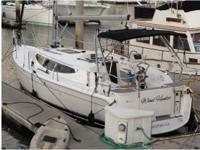 2013 Hunter 33E, 2013 Hunter e33, this yacht is 34 foot