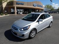 2013 Hyundai Accent 4dr Sdn Man GLS in like new