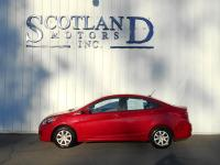 Exterior Color: boston red, Body: Sedan, Engine: 1.6L