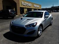 Step into the 2013 Hyundai Genesis Coupe! A comfortable