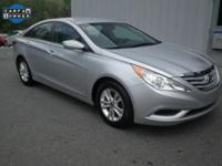 Exterior Color: radiant silver metallic, Body: Sedan