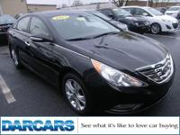 ** LEATHER SEATS SUNROOF ** LIMITED SONATA ** The car's