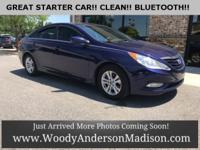 Clean CARFAX. Gray w/Premium Cloth Seating Surfaces,