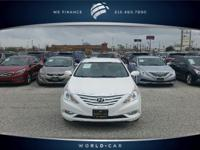 EPA 35 MPG Hwy/24 MPG City! CARFAX 1-Owner, GREAT MILES