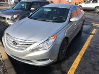 Gurley Leep Kia is excited to offer this 2013 Hyundai