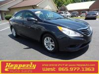 This 2013 Hyundai Sonata GLS in Indigo Night Mica
