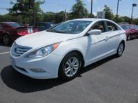 This  2013 Hyundai Sonata doesn't compromise function