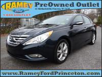 Take command of the road with this 2013 Hyundai Sonata.