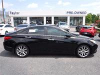 This 2013 Hyundai Sonata SE will sell fast -Leather