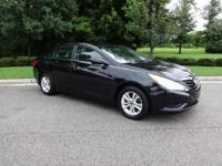 Sonata GLS and LIFETIME ENGINE WARRANTY!. Come to Acura