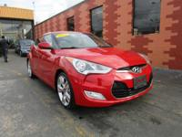 FUN and EFFICIENT 2013 Hyundai Veloster rated at up to
