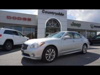 This 2013 INFINITI M37 Base is a great option for folks