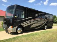 2013 Itasca 35F Motorhome, 36 feet long, Ford V-12