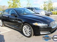 ONE-OWNER, CLEAN CARFAX, SUNROOF/MOONROOF, NAVIGATION