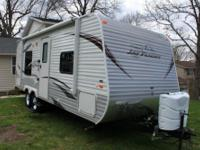 2013 Jayco Jayflight 22FB.  Purchased July'13.