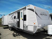 Call Trailside Recreational Vehicle at show get in
