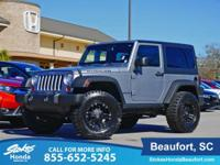 Clean CARFAX. Billet Metallic Clearcoat 2013 Jeep
