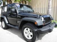 *** CARFAX NO ACCIDENTS *** 2013 Jeep Wrangler 4 WHEEL