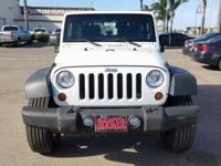 Options:  2013 Jeep Wrangler Sport|White|Carfax