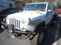 Exterior Color: bright white, Body: SUV, Engine: 3.6L