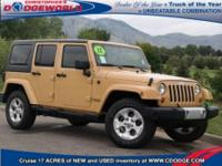 Exterior Color: dune, Body: SUV, Engine: 3.6L V6 24V