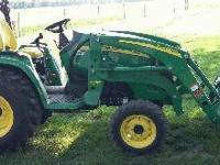 2013 JOHN DEERE 3520, Engine: 47 hp, compact utility