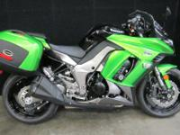 2013 Kawasaki Ninja 1000 ABS Sport tour.. loaded up..