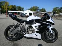2013 Kawasaki Ninja ZX-6R WHITE AND BLACK ONLY 6802