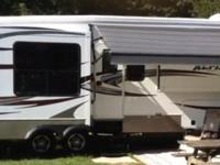 2013 Keystone Alpine, LOOK AT THIS EXCELLENT 39.5 FOOT