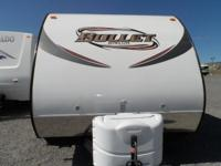 Beautiful travel trailer Extra large sink Glass shower