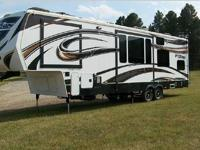 2013 Keystone Fuzion 342, This Fusion 342 Hauler Is