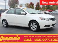 Clean CARFAX. This 2013 Kia Forte EX in Clear White