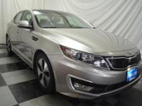 CARFAX 1-Owner, GREAT MILES 29,426! EPA 39 MPG Hwy/35