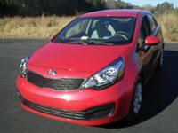 2013 KIA RIO 4dr Car LX Our Location is: Nelson GR