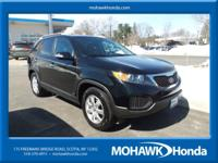 AWD, CLEAN AUTOCHECK, LOCAL TRADE, and 3RD ROW SEATING.