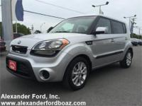 2013 Kia Soul Wagon. +++ Carfax Certified One Owner +++