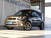 New Price! Clean CARFAX. Green 2013 Kia Soul FWD