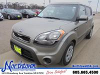 Get+down+the+road+in+this+smooth+2013+Kia+Soul+and+fall