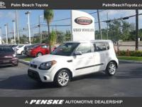 This 2013 Kia Soul 4dr Plus features a 2.0L DOHC CCVT
