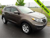 Sportage LX, AWD, POWER LOCKS, POWER WINDOWS. 27/20
