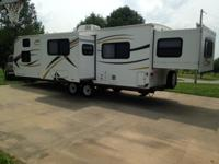 2013 KZ Spree 289 ks. 30 foot travel trailer. 1/2 ton