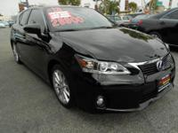 Exterior Color: black, Body: Hatchback, Engine: 1.8L I4